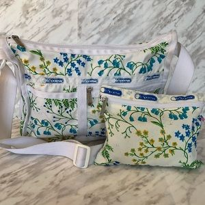 Lesportsac Deluxe Everyday Bag Blue White Floral